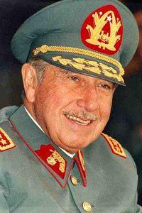 Generał Augusto Pinochet