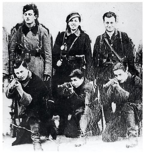 Podobno autentyczne zdjęcie bandy braci Bielskich