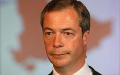 http://marucha.files.wordpress.com/2009/11/nigel_farage.jpg