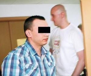 brutalny_policjant_skazany_16520261