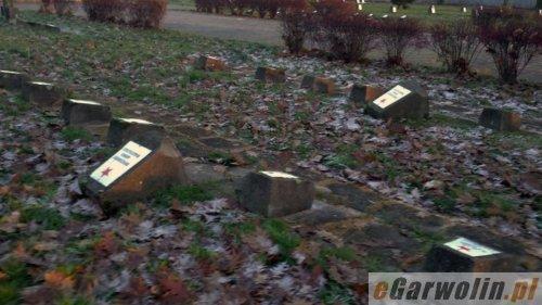 Garwolin cmentarz zdewastowany